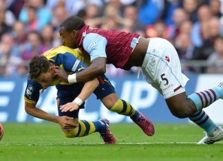 Liverpool v Arsenal Mesut Ozil v N'Golo Kante