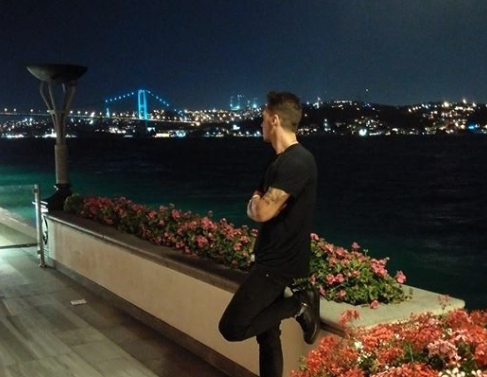 Mesut Ozil Arsenal Istanbul Besiktas Fenerbahce