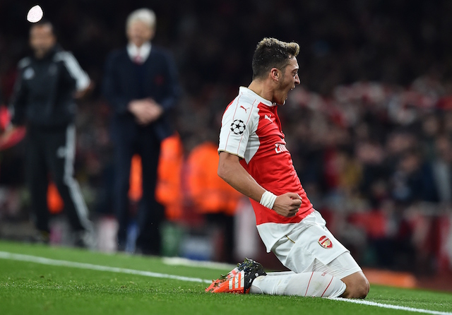 Gunners star reacts to Dennis Bergkamp comparisons