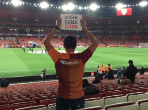 Galatasaray fan protest Arsenal Bayern Munich Emirates