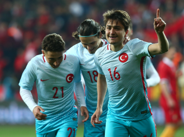 Cengiz Under Manchester United