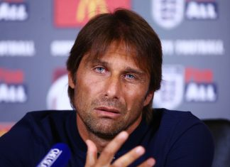 Antonio Conte, Chelsea team news