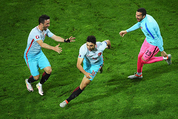 Ozan Tufan Fulham Crystal Palace